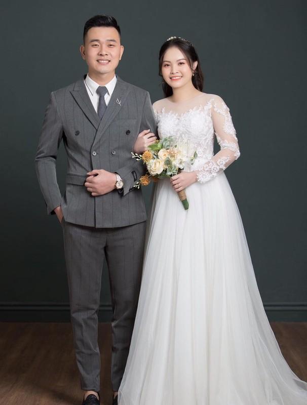 Xuc dong loat dam cuoi online cua nhan vien tuyen dau chong dich-Hinh-9