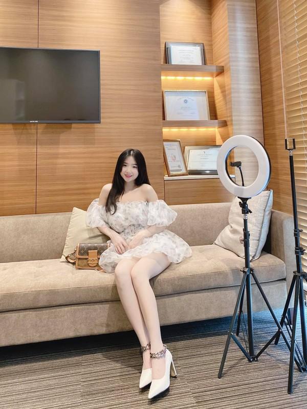 Gai xinh 9x kho so vi bi nham la hot girl xu Kim Chi-Hinh-4