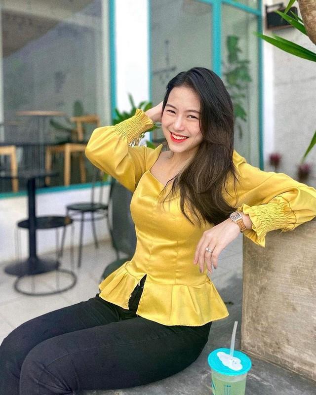 Lo danh tinh gai xinh Da Nang noi nhu con nho buc o bien-Hinh-13