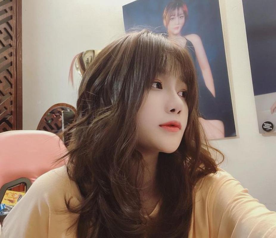 "Nu streamer lien tuc bi ""fan cuong"" quay roi vi dieu nay-Hinh-8"