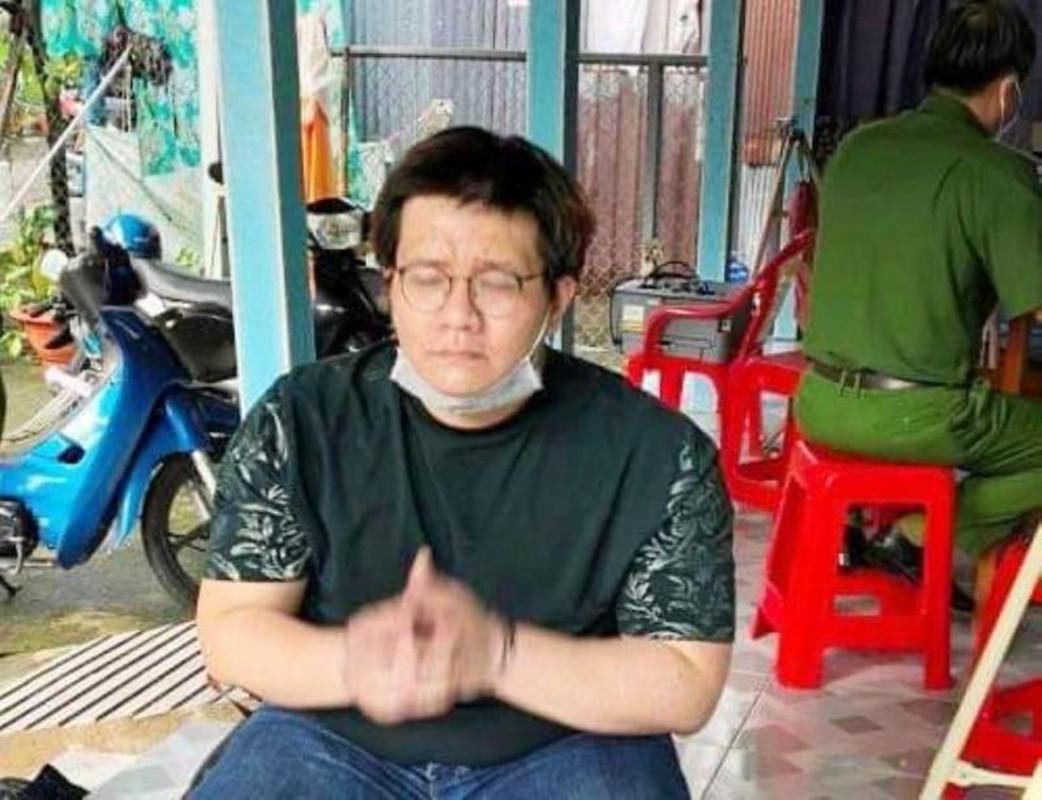 """Ba Phuong Hang noi ly do """"cach mat"""" Nham Hoang Khang gay chu y"""