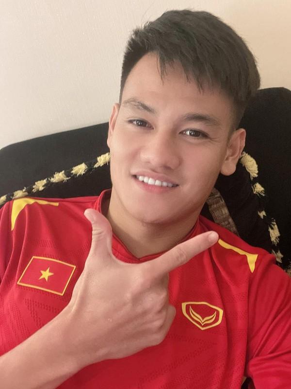 Ngam nhan sac vo sap cuoi Ho Tan Tai, ai nay phai khen ngoi