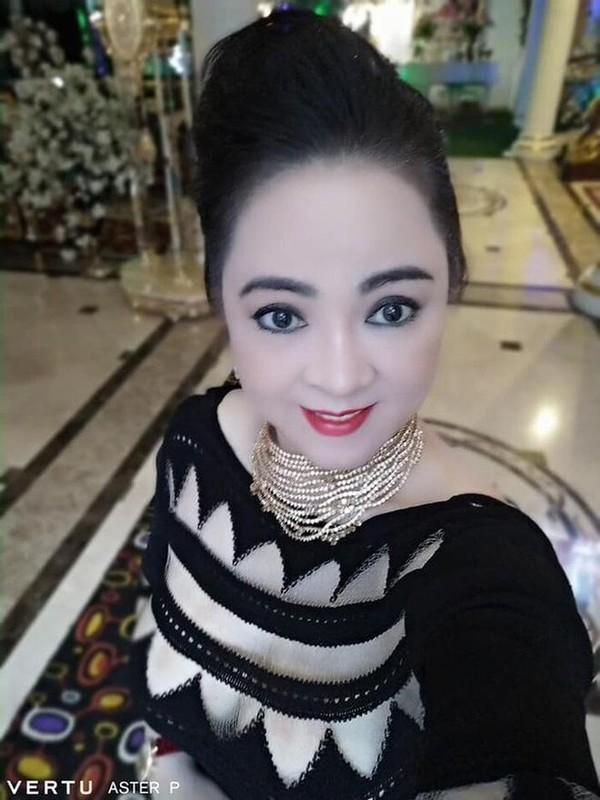 Ba Phuong Hang bi chup len, nhan sac ngoai doi ai cung bat ngo-Hinh-6