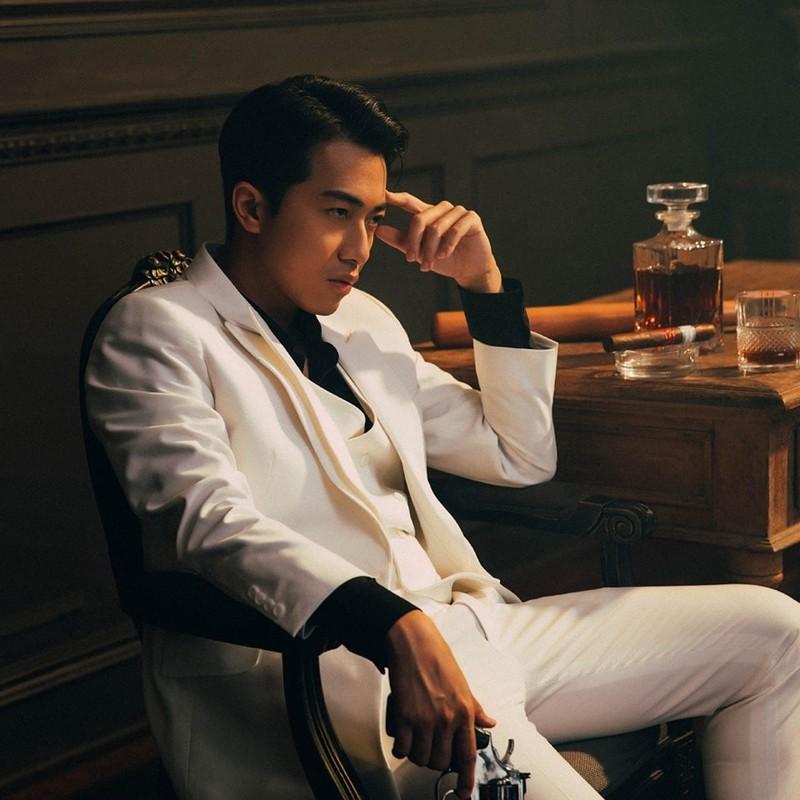 "Thieu gia ""am"" nut kim cuong Youtuber, nhin gia san choang vang-Hinh-9"