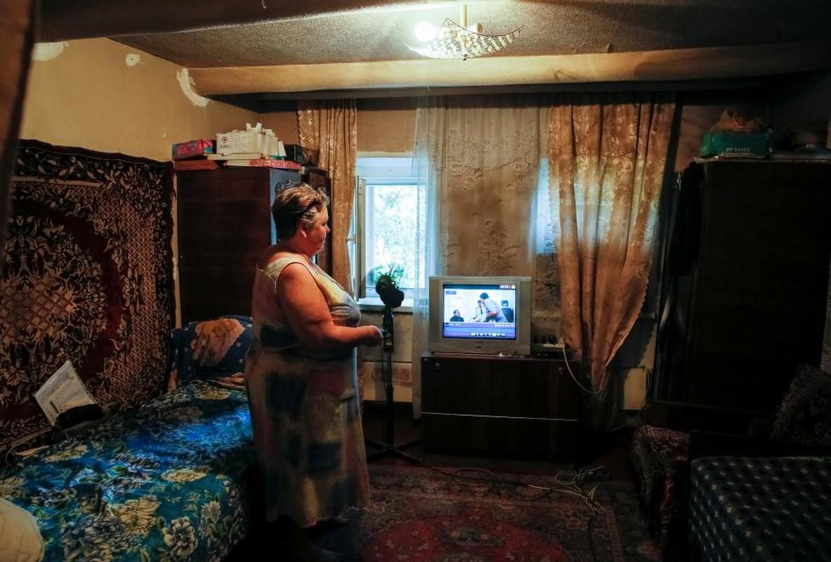 Cuoc chien tuyen truyen ngoai chien tuyen Ukraine-Hinh-10