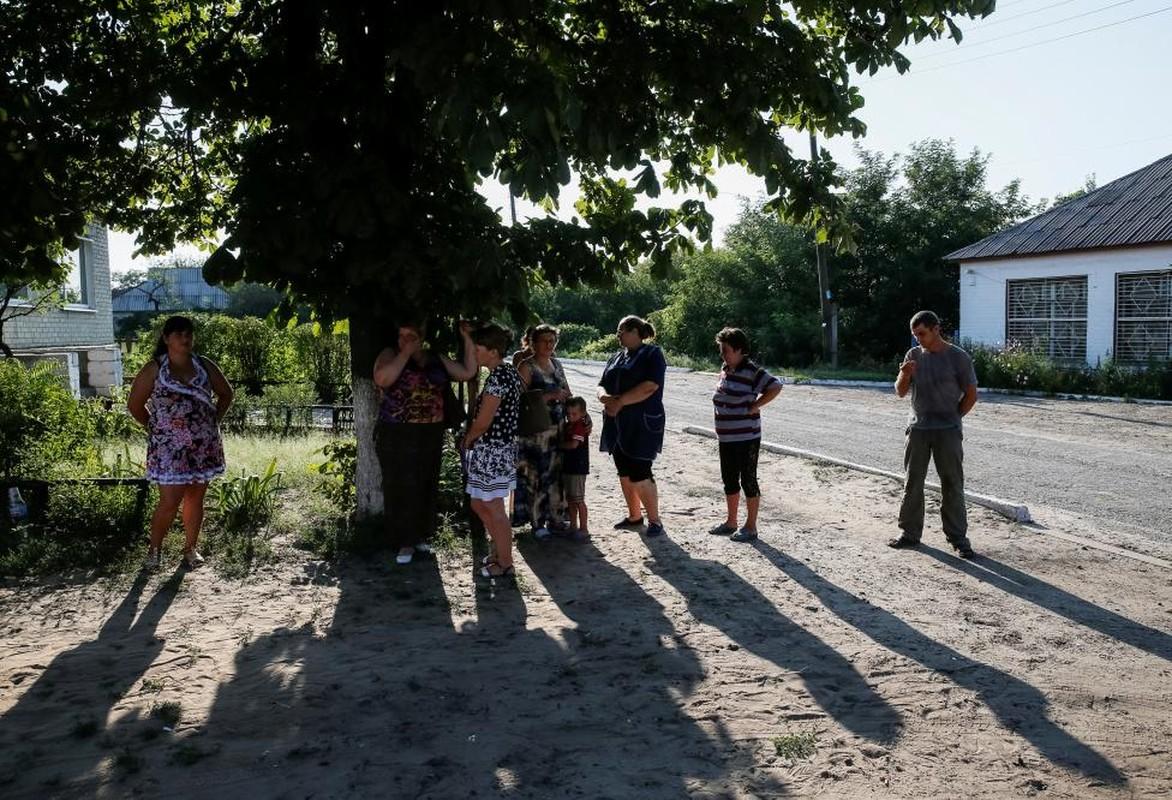Cuoc chien tuyen truyen ngoai chien tuyen Ukraine-Hinh-2