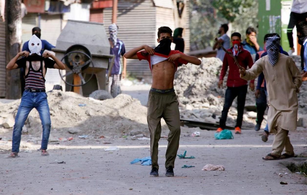 Loat anh nong ve cang thang o khu vuc Kashmir-Hinh-11
