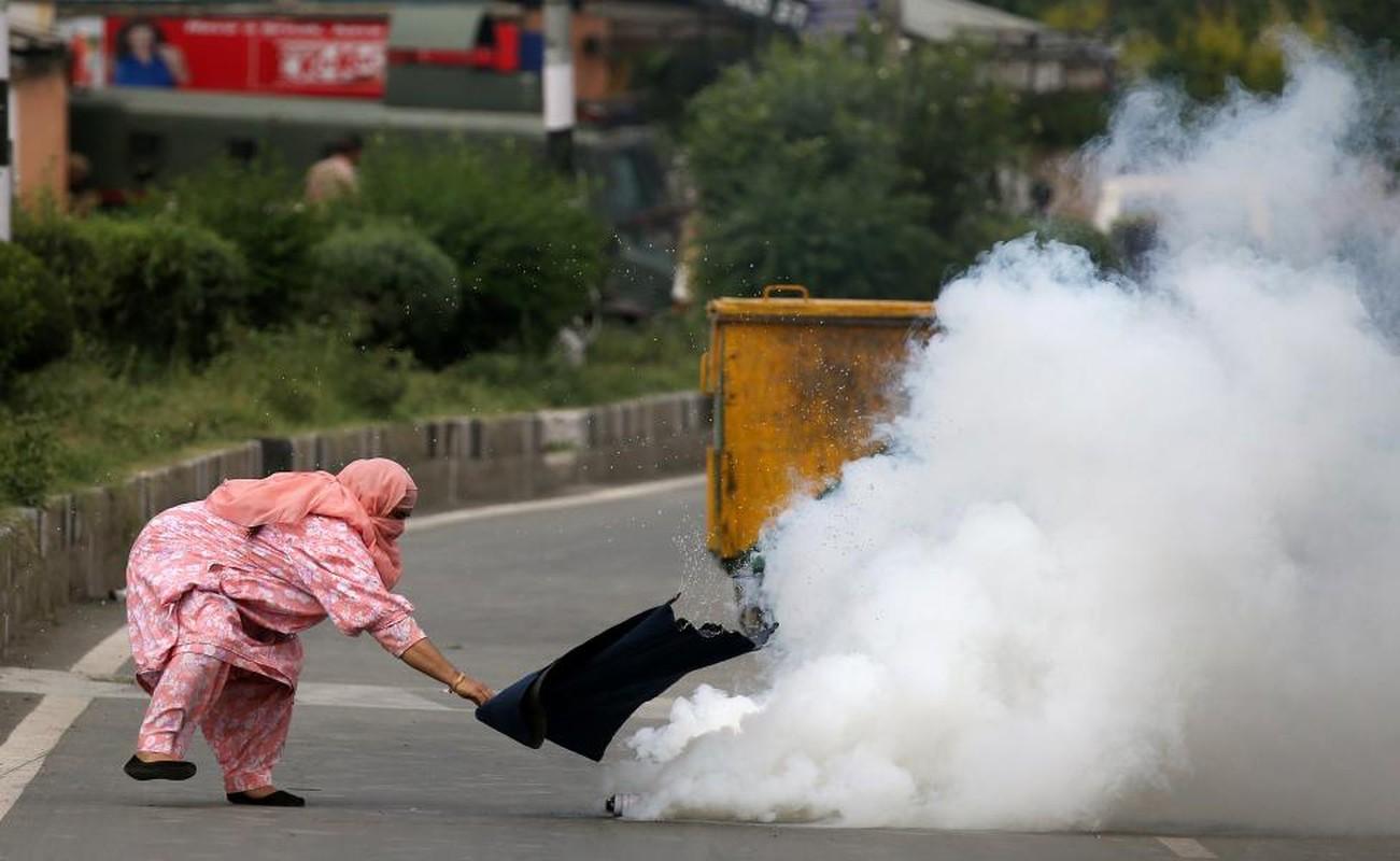 Loat anh nong ve cang thang o khu vuc Kashmir-Hinh-2