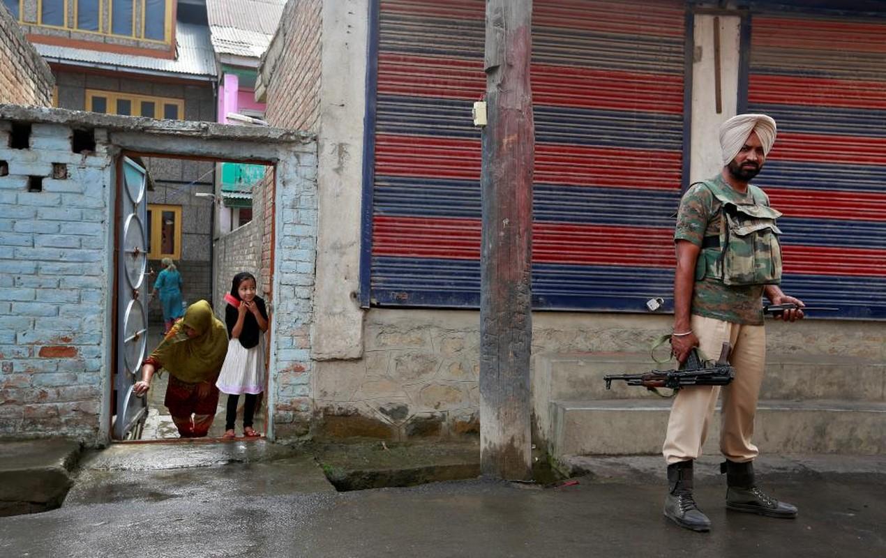 Loat anh nong ve cang thang o khu vuc Kashmir-Hinh-3