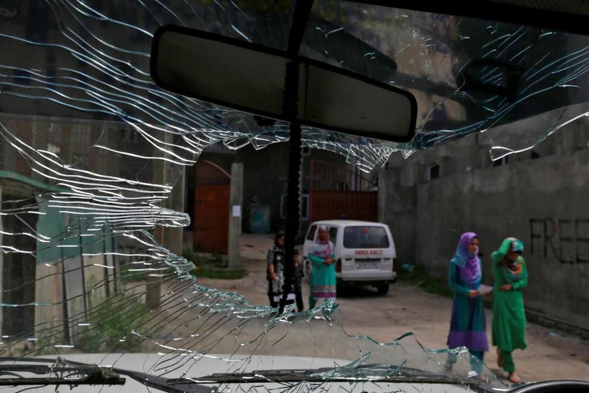 Loat anh nong ve cang thang o khu vuc Kashmir-Hinh-4