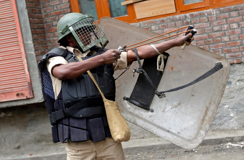 Loat anh nong ve cang thang o khu vuc Kashmir-Hinh-6