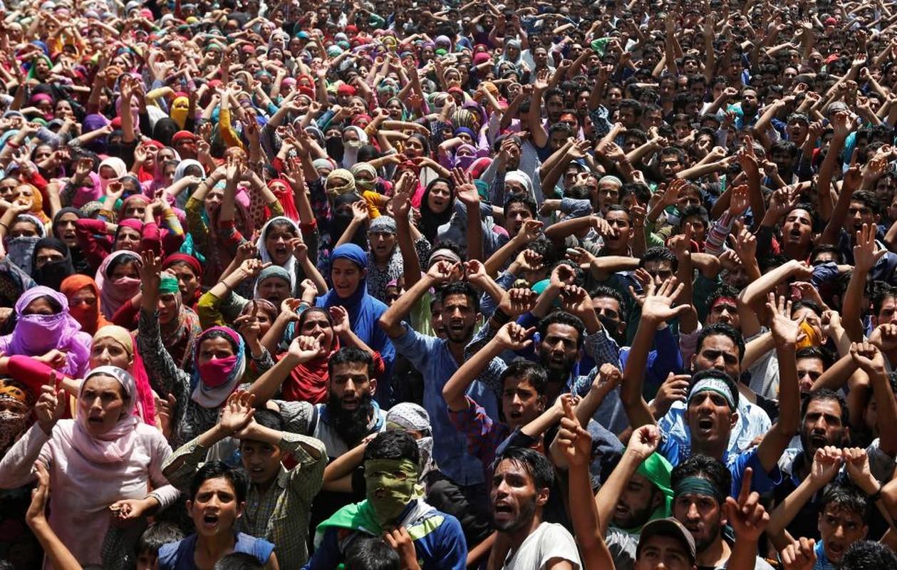 Loat anh nong ve cang thang o khu vuc Kashmir-Hinh-7
