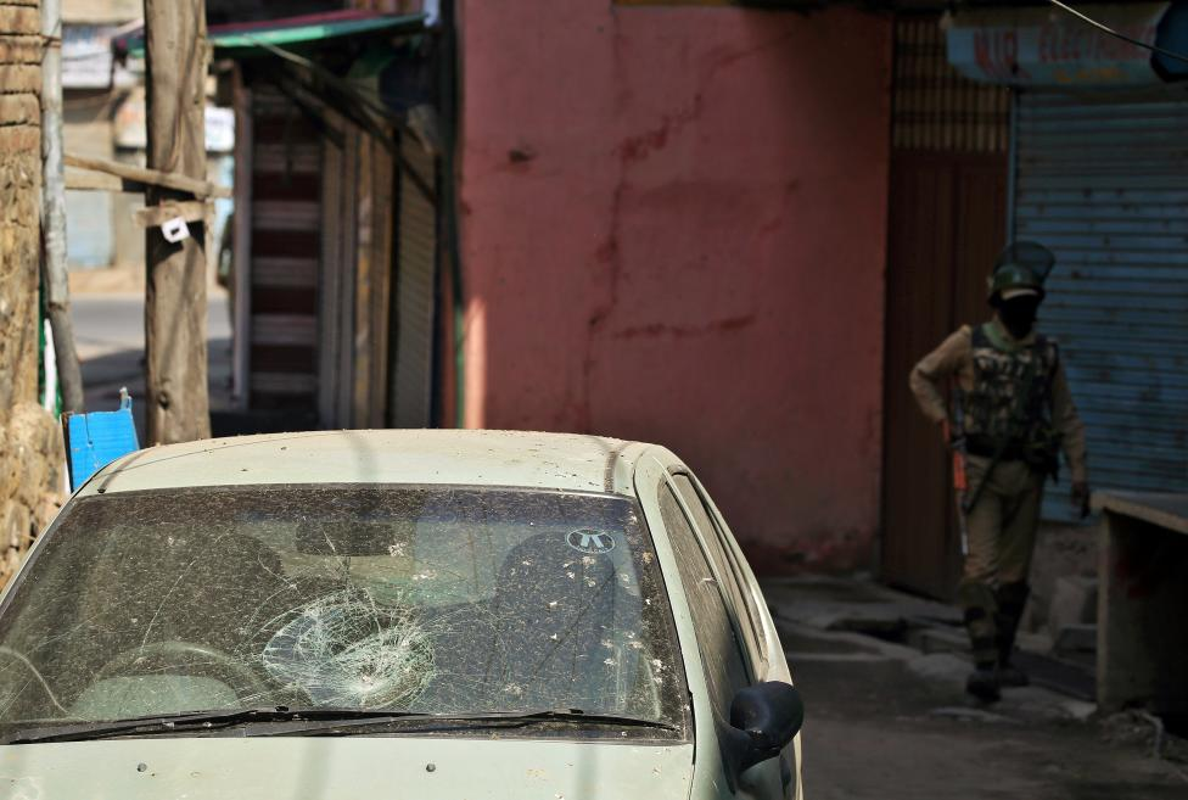 Loat anh nong ve cang thang o khu vuc Kashmir-Hinh-8