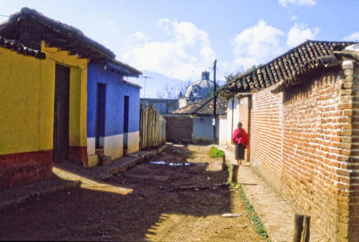 15 anh mau ghi lai cuoc song o Mexico nam 1980-Hinh-13