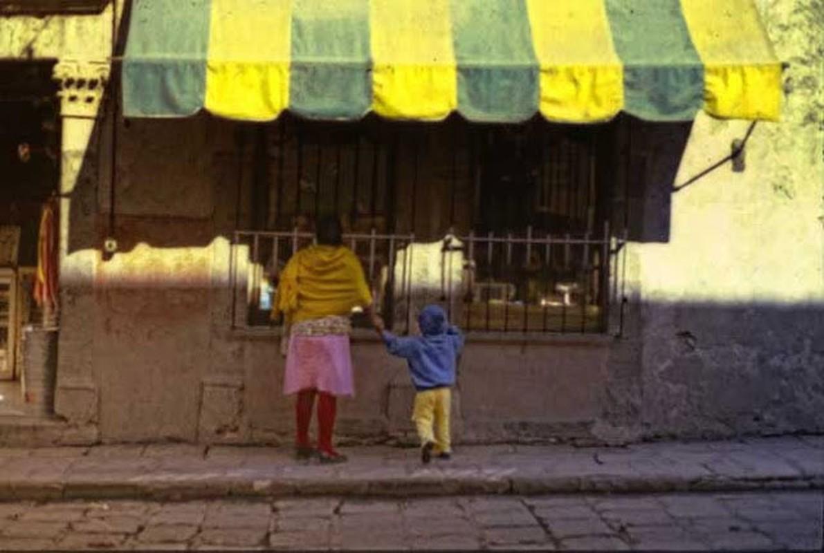 15 anh mau ghi lai cuoc song o Mexico nam 1980-Hinh-15