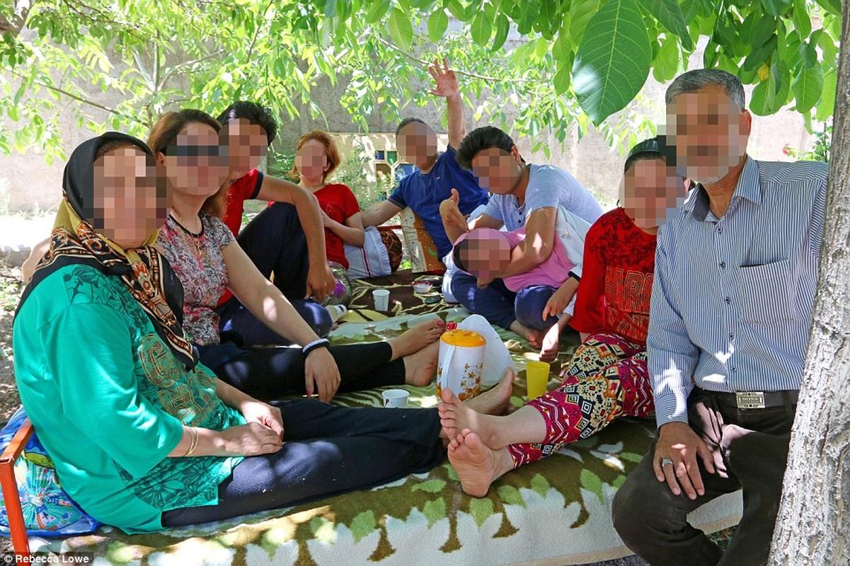 Hanh trinh kham pha Iran bang xe dap cua cong dan Anh-Hinh-8