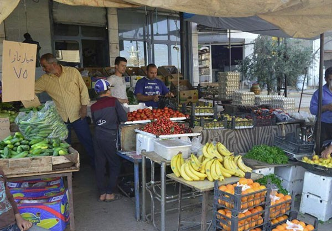 Dan Syria dua nhau mua sam chuan bi cho thang le Ramadan-Hinh-14