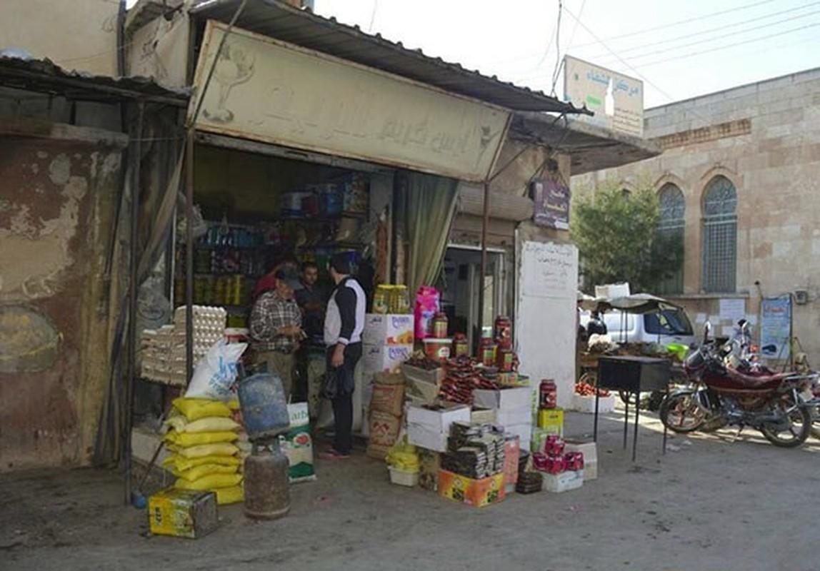 Dan Syria dua nhau mua sam chuan bi cho thang le Ramadan-Hinh-17
