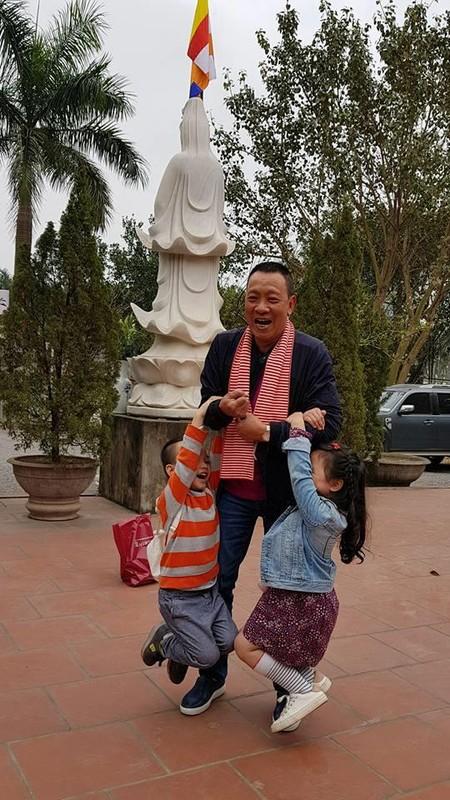 Nhung hinh anh doi thuong gian di cua MC Lai Van Sam-Hinh-7