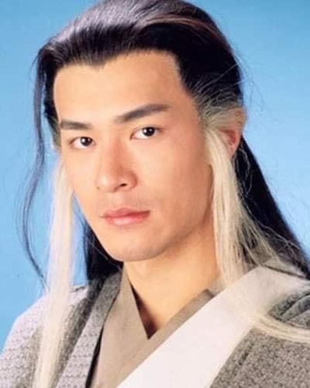 Hai huoc Hoai Linh di truoc xu huong toc Jennie tu thap ki truoc-Hinh-4