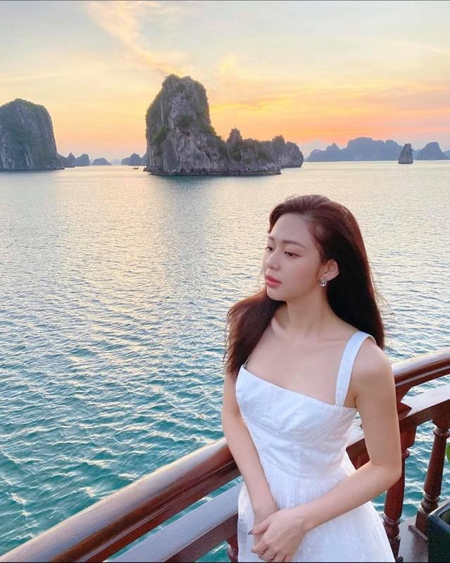 Ban gai cu Trinh Thang Binh dien bikini khoe than hinh nong bong mat-Hinh-10