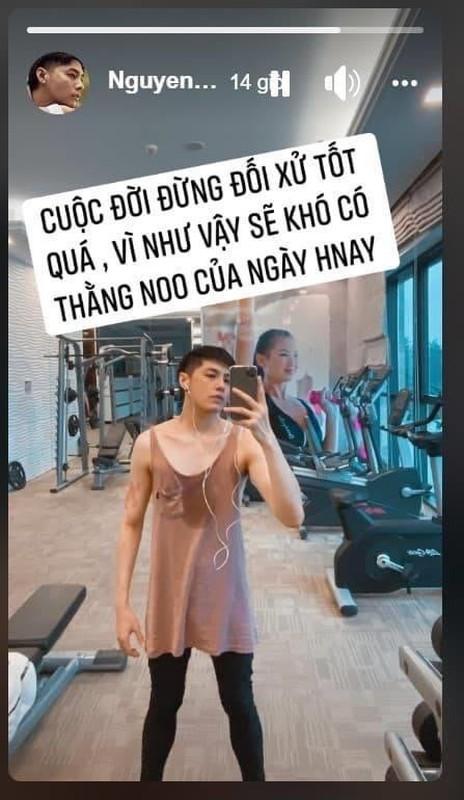 """Noo Phuoc Thinh bi fan nghi """"muon"""" vay Mai Phuong Thuy di tap gym"""