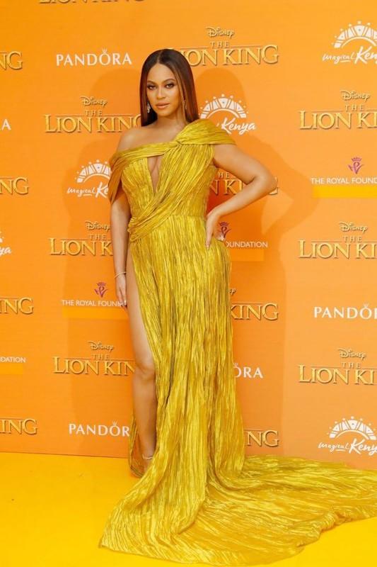 Jennifer Lopez va loat sao Hollywood me met thiet ke cua Cong Tri-Hinh-10