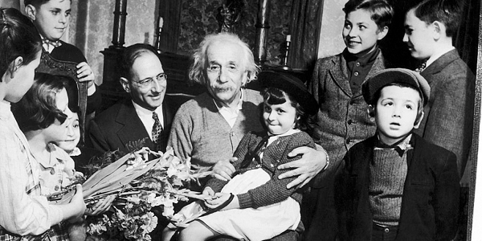 Nhung thoi quen khac biet tao nen bo nao thien tai Albert Einstein-Hinh-12