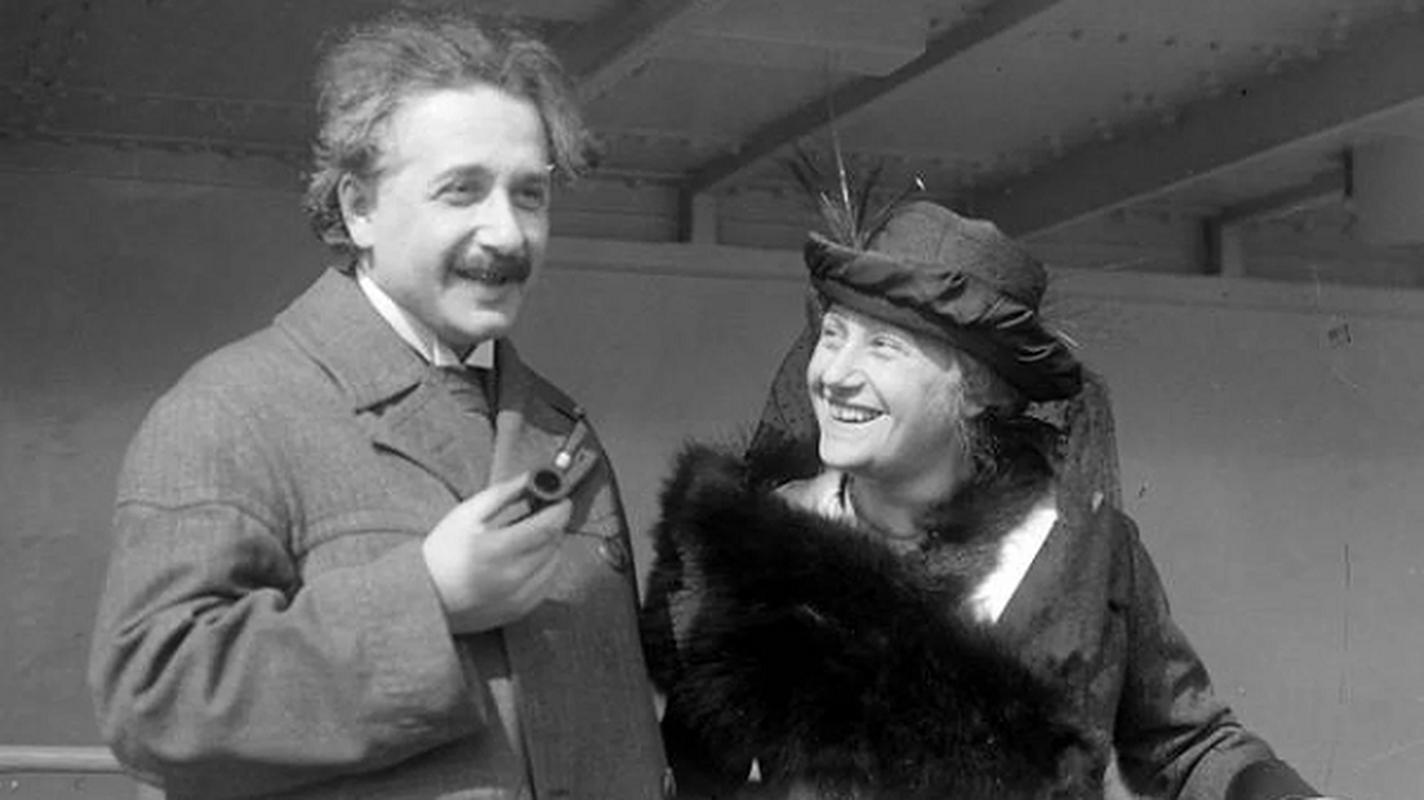 Nhung thoi quen khac biet tao nen bo nao thien tai Albert Einstein-Hinh-7