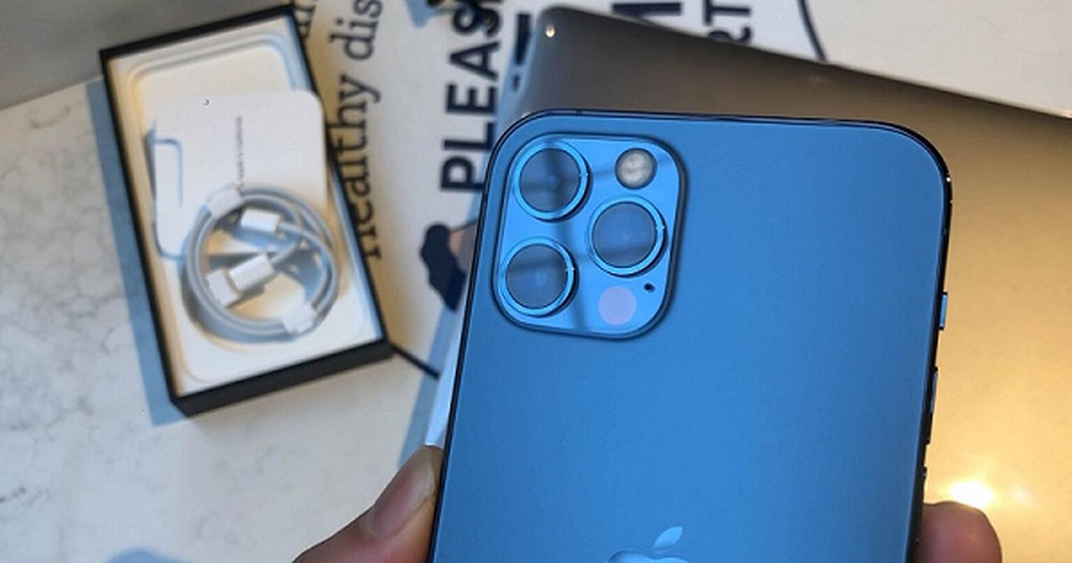 Camera iPhone 12 bi che bai loi thoi, chang khac gi iPhone 5-Hinh-11