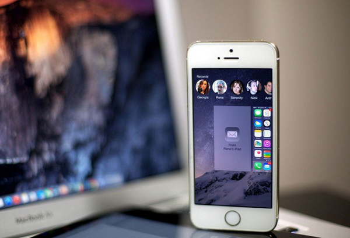 "Apple ""tra gia dat"" do giam tuoi tho pin, lam cham iPhone doi cu-Hinh-7"