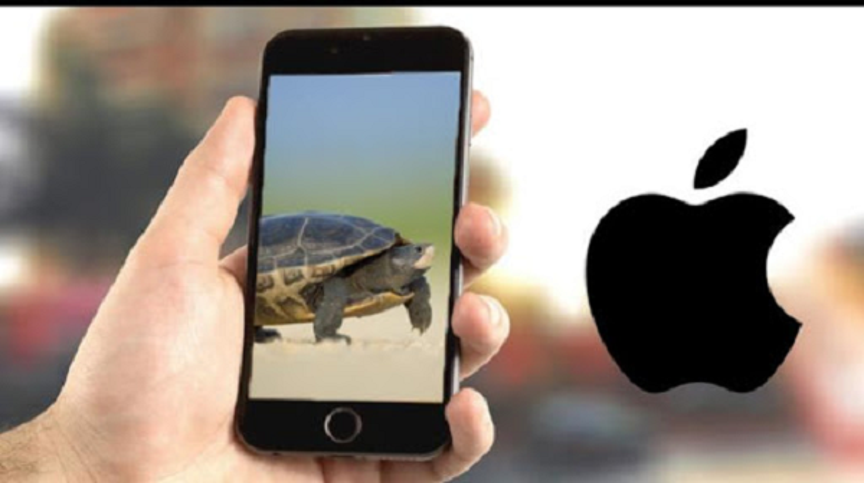 "Apple ""tra gia dat"" do giam tuoi tho pin, lam cham iPhone doi cu-Hinh-8"