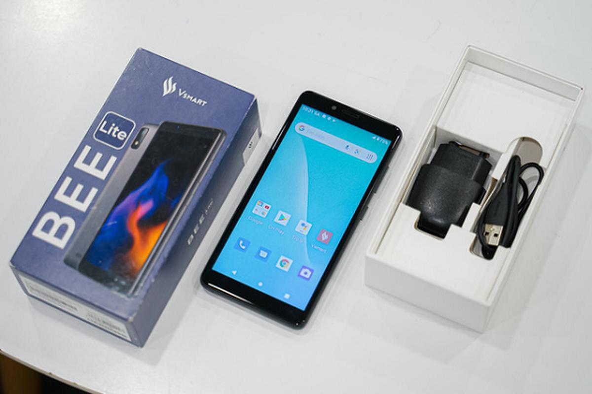 """Co gi ben trong chiec """"smartphone quoc dan"""" gia 600 nghin dong-Hinh-5"""