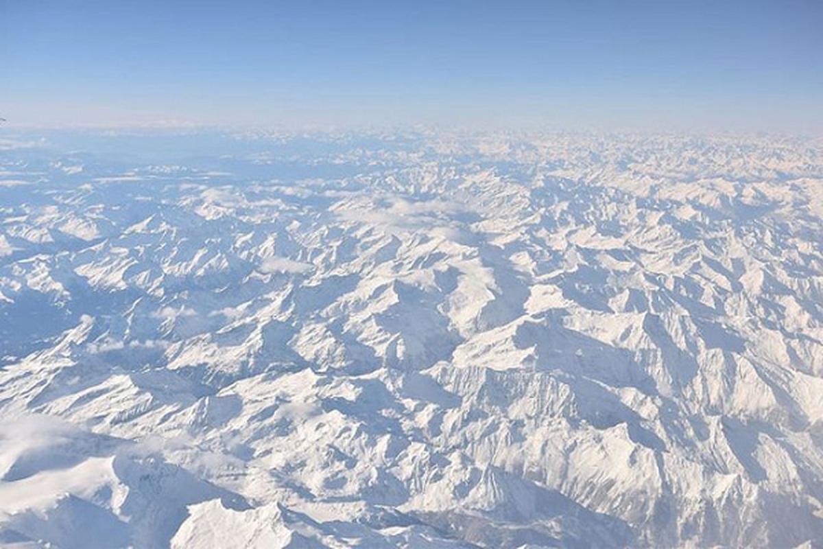 Chieu cao dinh Himalaya khien may bay dan su kho xu ly khi gap su co-Hinh-5