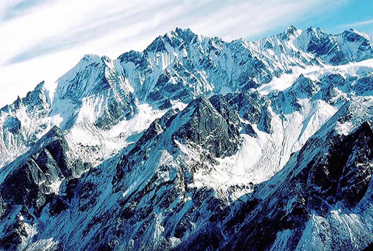 Chieu cao dinh Himalaya khien may bay dan su kho xu ly khi gap su co-Hinh-9