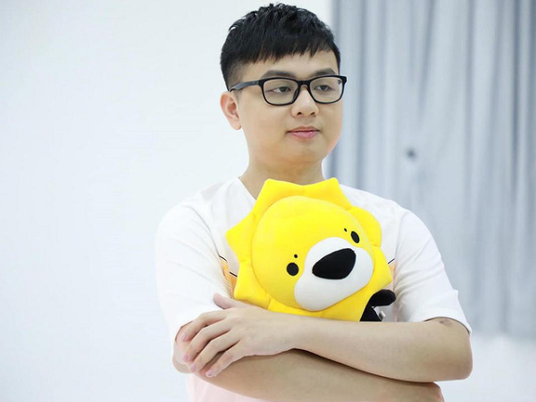 """Fan Trung Quoc phat hoang khi """"Than rung"""" mac quan dui khi am 6 do-Hinh-9"""
