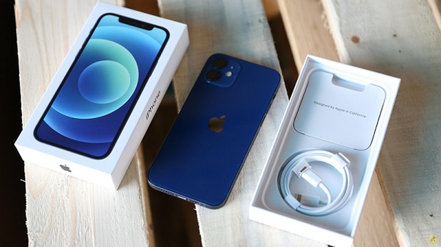 "Apple kiem ""bon tien"" trong nam 2020 nho bo cu sac, tai nghe-Hinh-8"