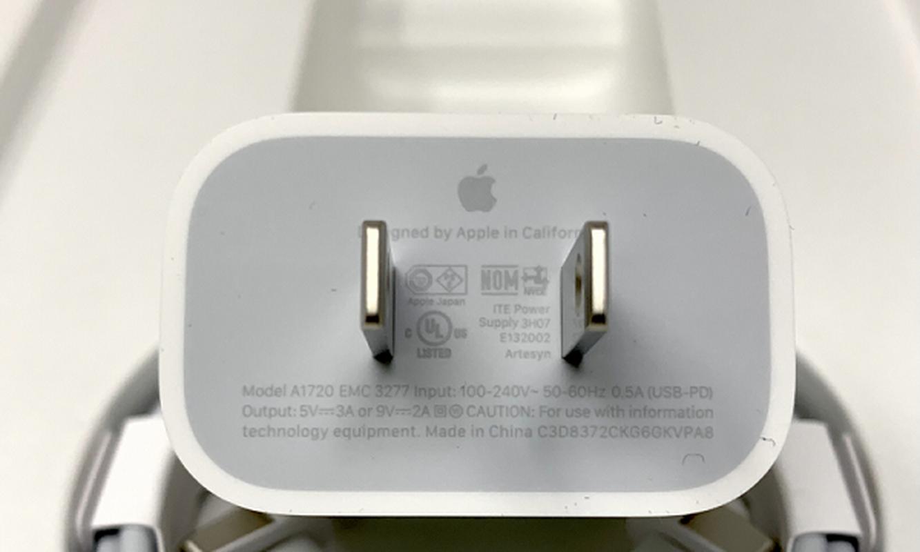 "Apple kiem ""bon tien"" trong nam 2020 nho bo cu sac, tai nghe-Hinh-9"