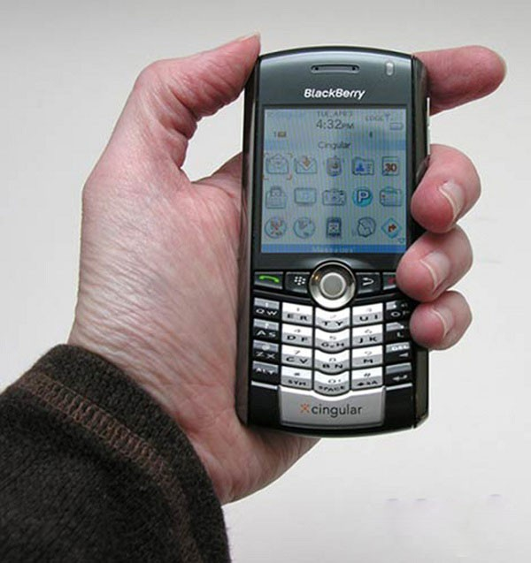 Dien thoai hang chuc nam truoc thiet ke dep hon iPhone rat nhieu-Hinh-2
