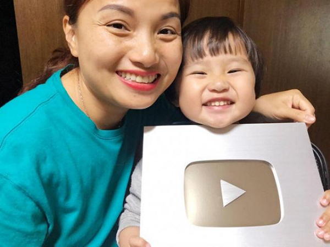 "Choang voi so tien ""khung"" cac Youtuber dinh dam phai nop thue-Hinh-12"