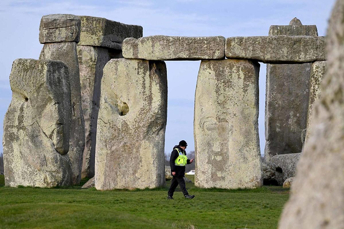 Nhung tang da o di tich Stonehenge duoc dung len voi muc dich gi?-Hinh-10