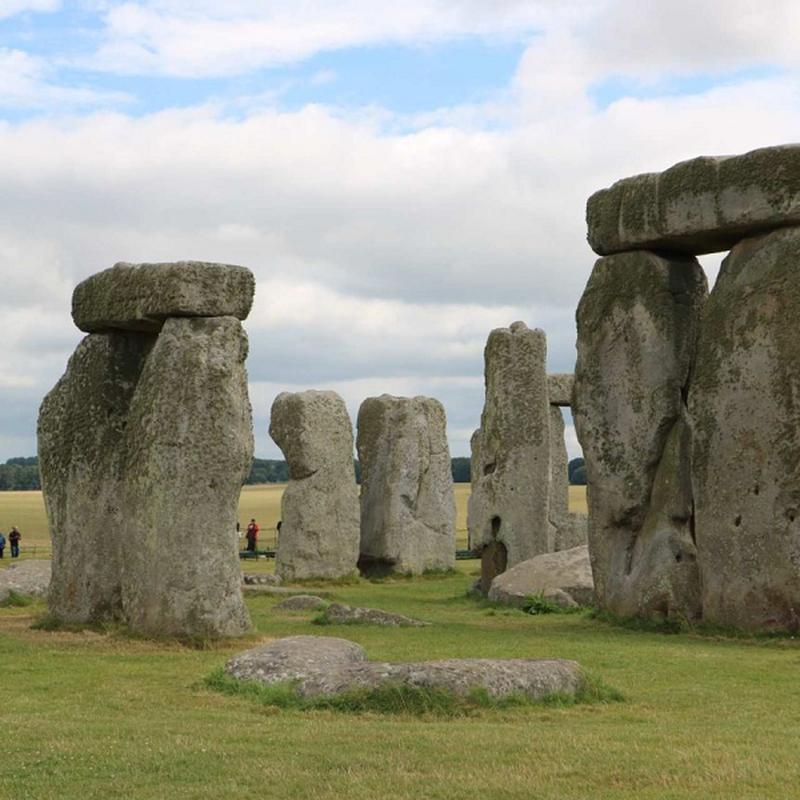 Nhung tang da o di tich Stonehenge duoc dung len voi muc dich gi?-Hinh-11