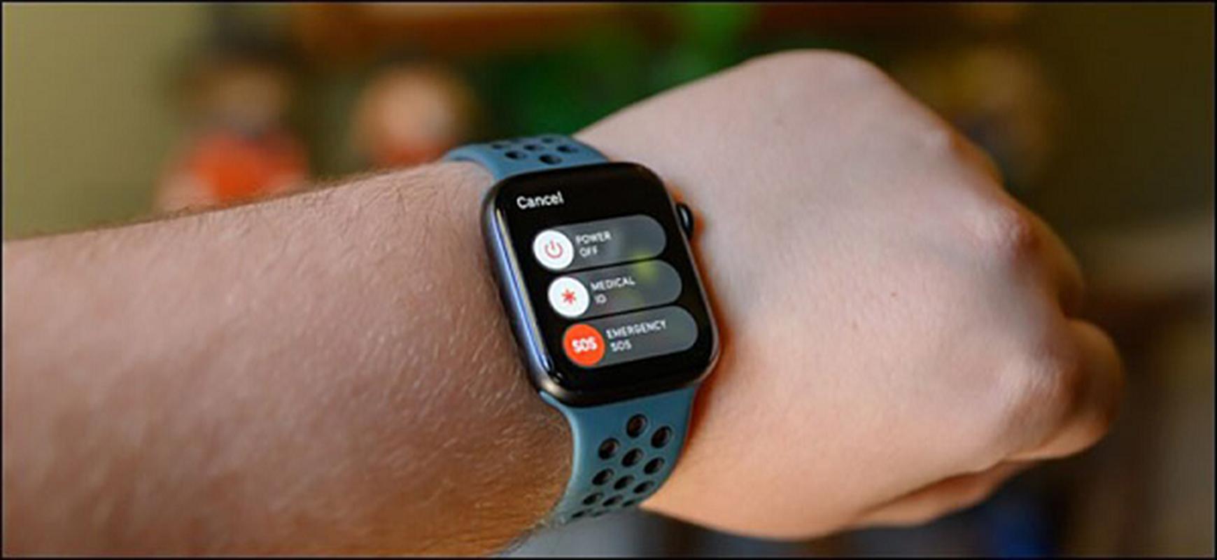 Apple Watch lai vua cuu song mot nguoi bi lu cuon troi-Hinh-2