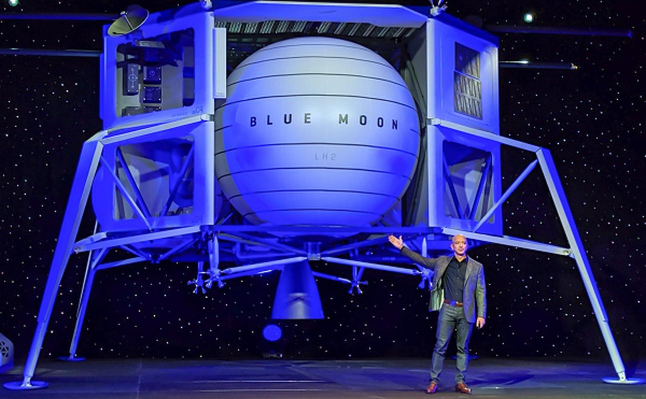 """Jeff Bezos va Elon Musk dang """"chay dua vu tru"""" vo cung gay can-Hinh-11"""