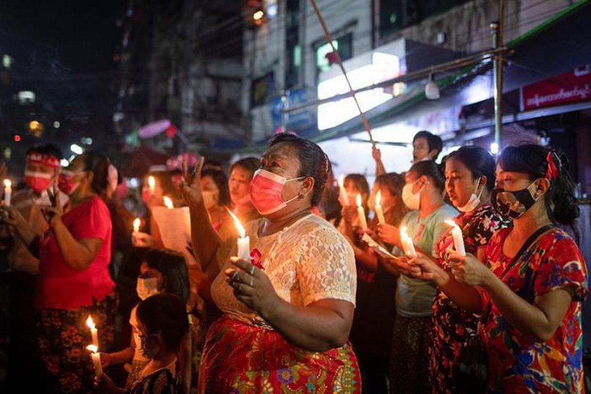 Facebook ngung hoat dong o Myanmar do bien co chinh tri-Hinh-11