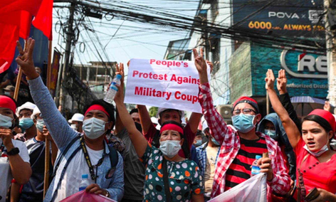 Facebook ngung hoat dong o Myanmar do bien co chinh tri-Hinh-6