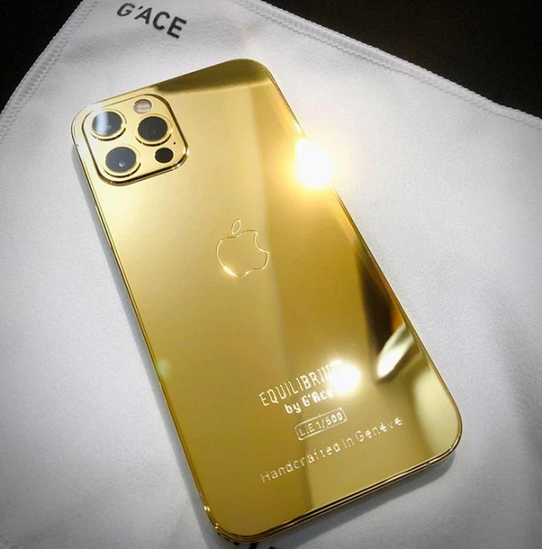 iPhone 12 ma vang Vu Khac Tiep duoc tang sieu dep, gia tren troi-Hinh-8