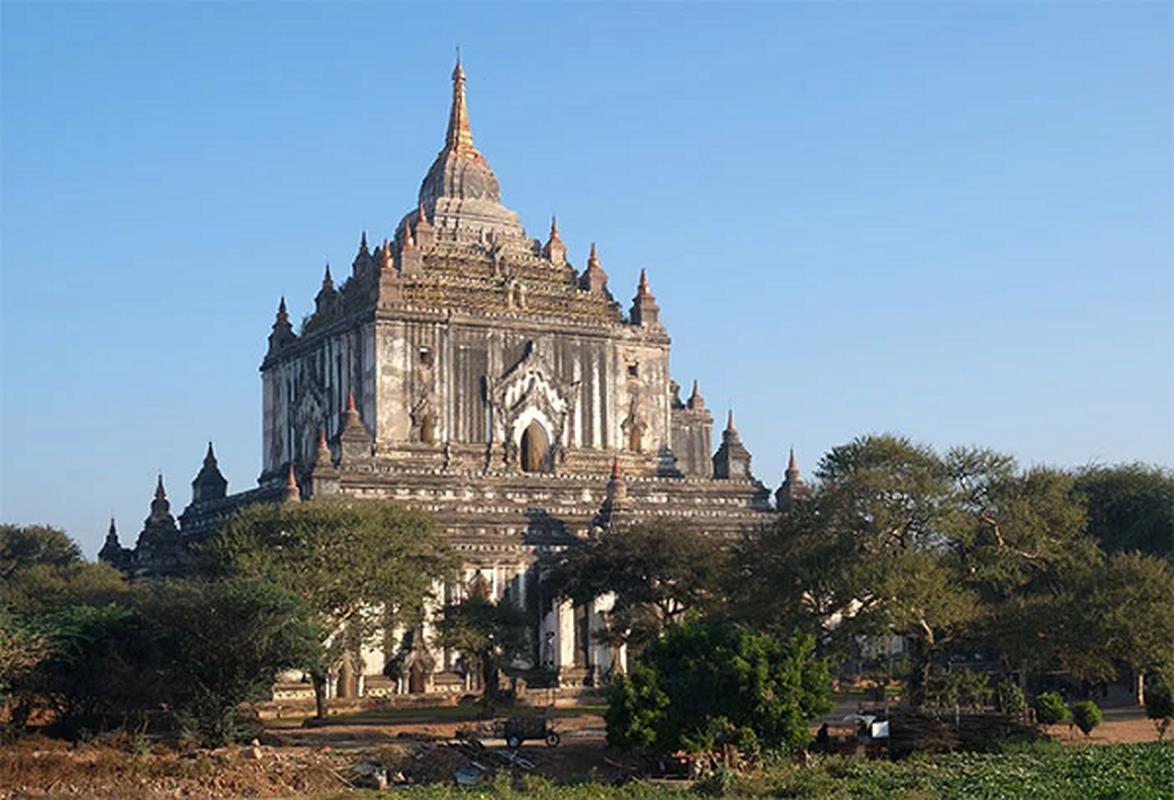 Cau chuyen bi an sau cac ngoi den linh thieng cua Myanmar-Hinh-7