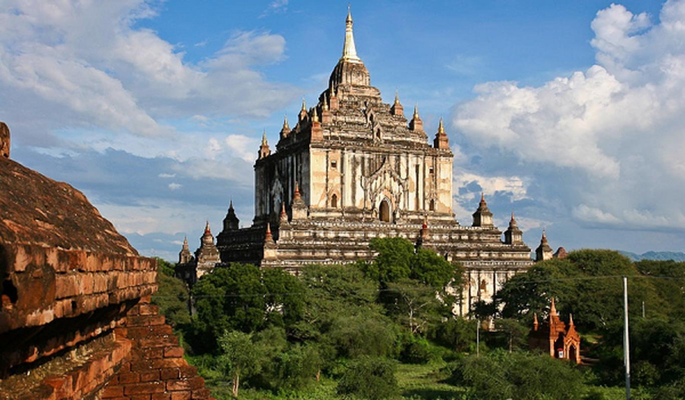 Cau chuyen bi an sau cac ngoi den linh thieng cua Myanmar-Hinh-9