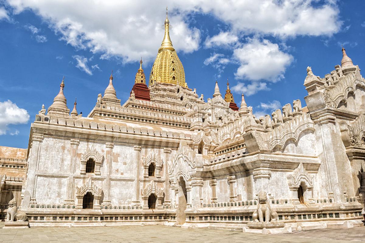 Cau chuyen bi an sau cac ngoi den linh thieng cua Myanmar
